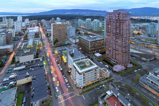 vancouver_robson_street